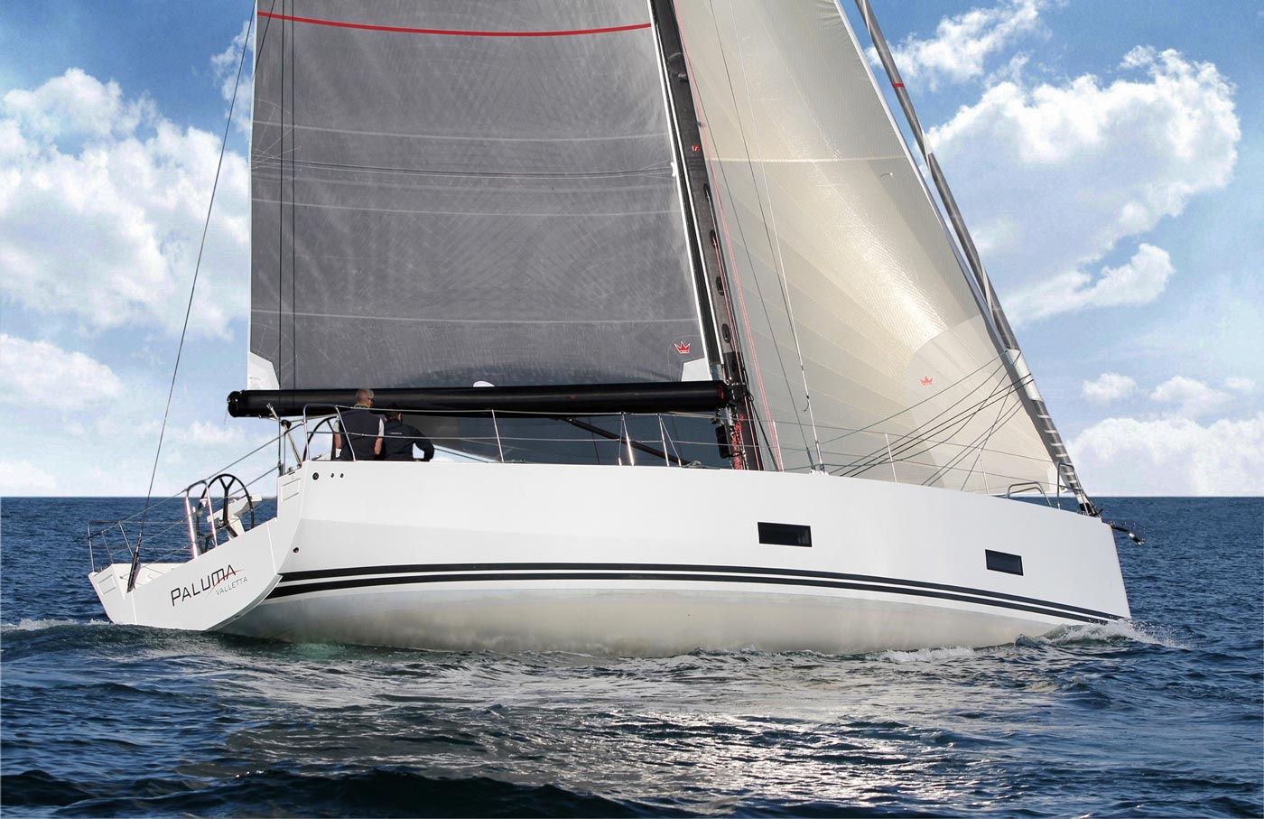 The Solaris 47 maiden sail on Sydney Harbour