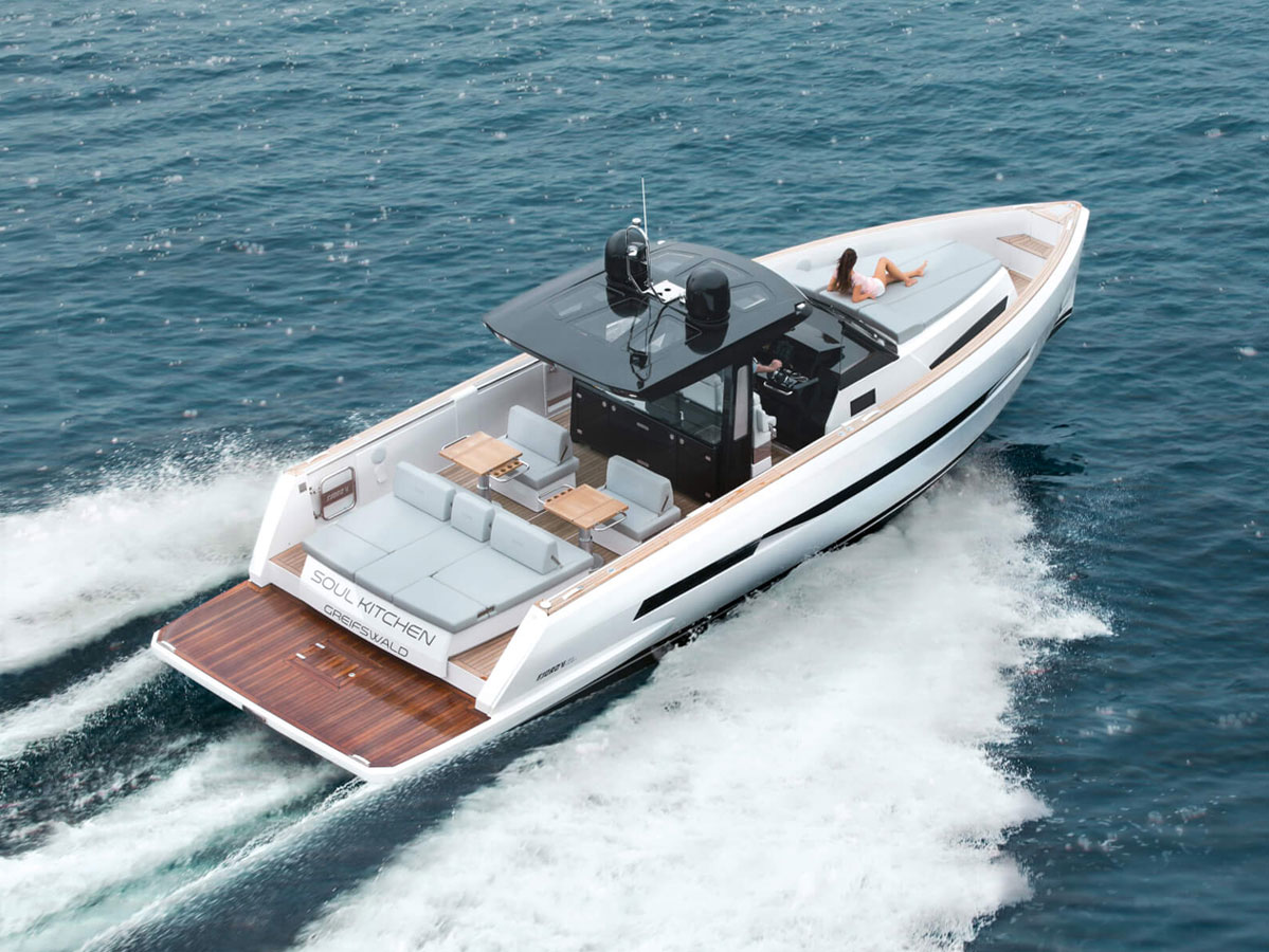 Fjord 44 open